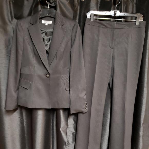 Kasper Jackets & Blazers - Kasper size 4 black Pin stripped pants suit.